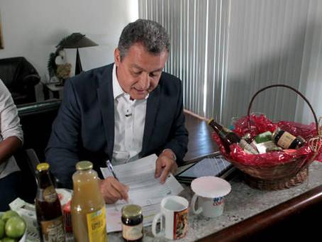 Governador autoriza concursos para universidades estaduais