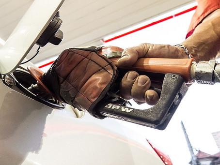Petrobras aumenta preço da gasolina em 0,8%
