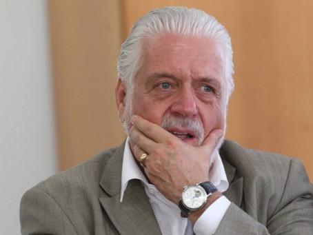 PF diz que Wagner foi beneficiado com propina em esquema da Arena; 15 relógios de luxo foram apreend