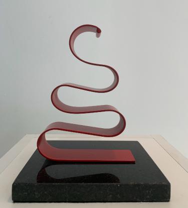URBANO IGLESIAS Sem título | 2018 Escultura Ferro e base de granito 21 x 17 x 14 cm
