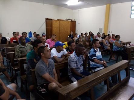 Água Viva promove última palestra do ano com tema Economia Familiar