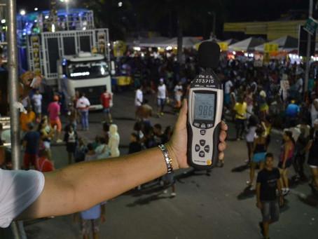 Limite sonoro de 110 decibéis, nos trios, será monitorado na Micareta 2018
