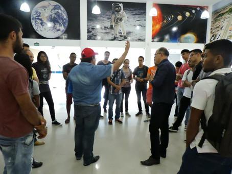 XX Semana de Física da Uefs faz viagem pelo universo no planetário do Museu Parque do Saber