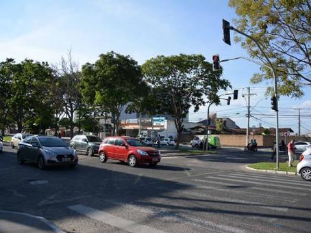 Feira de Santana: prefeitura fecha retornos da av. Getúlio Vargas