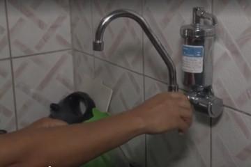 Moradores de dois bairros de Feira de Santana reclamam que estão sem água há mais de 15 dias