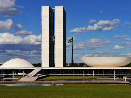 Temer vetará emenda da reforma política apontada como 'censura', informa Planalto
