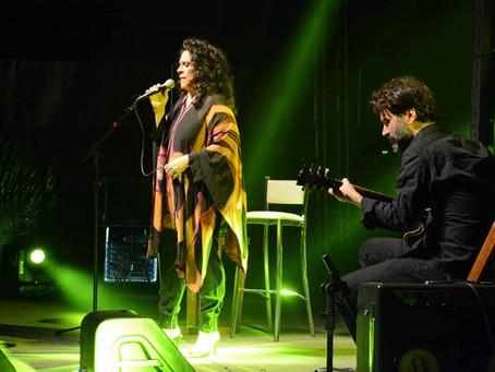 Gal Costa faz show memorável em Feira de Santana