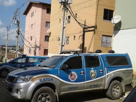 Adolescente é morto a tiros em residencial no Aviário