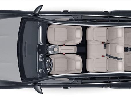 ¡El Póker de Mercedes-Benz para más 7 pasajeros!