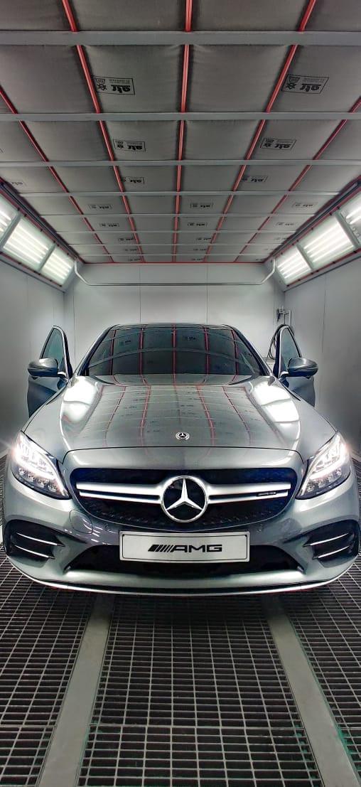 Mercedes Benz Bogotá Starniza Colombia