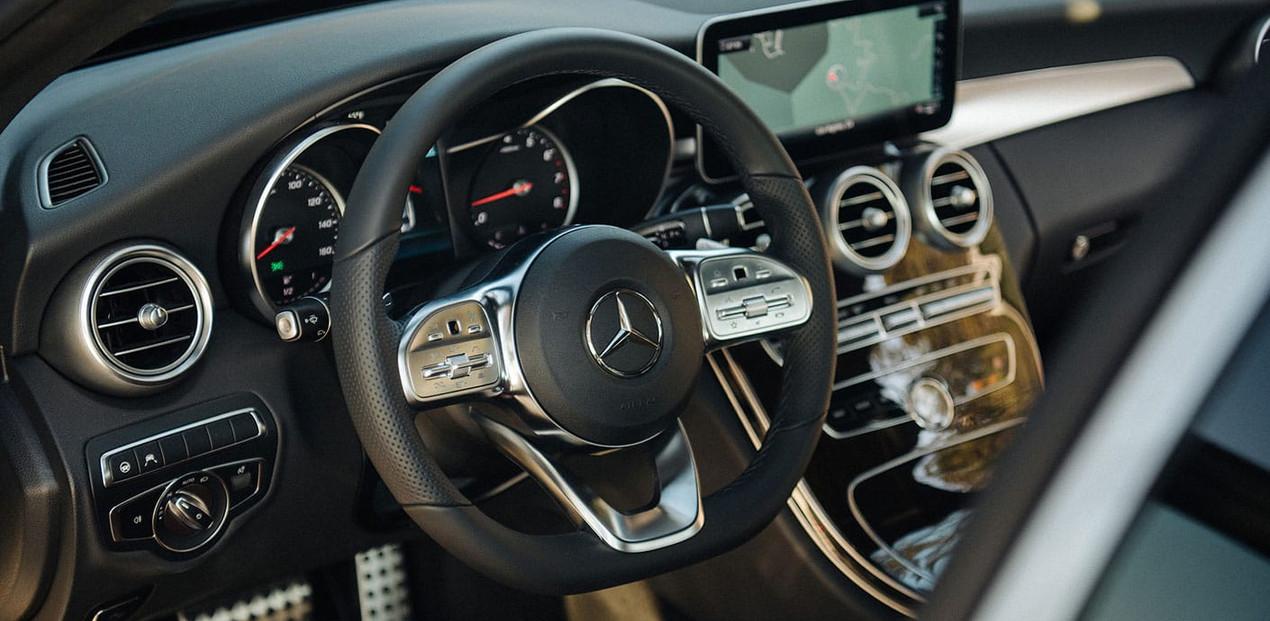 Carro Mercedes Benz E200 Clase E