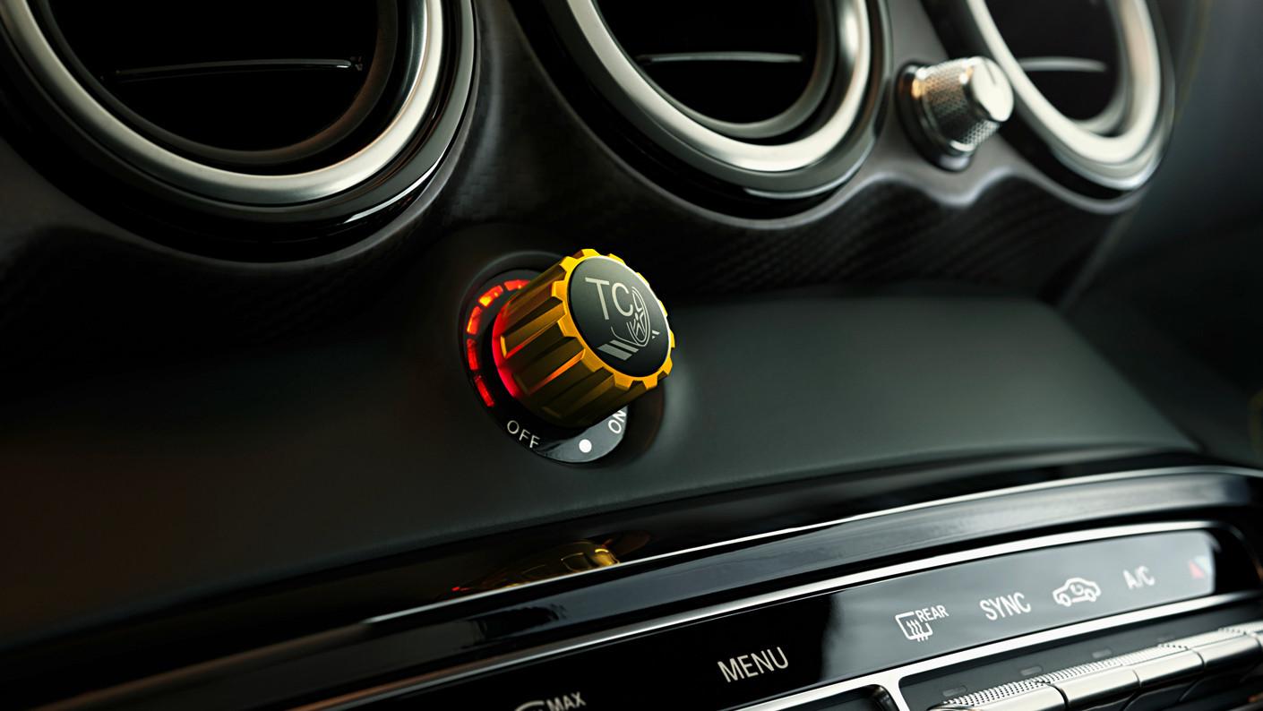 Control_de_tracción_Mercedes-AMG_GT_R_14