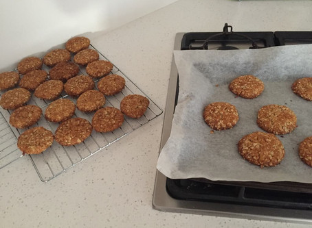 RECIPE: THE PERFECT ANZAC BISCUITS
