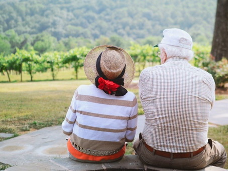 5 Tips to Help Ease Your Elderly Parent Or Loved One Into A Retirement Community