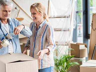 Moving Yourself or a Senior Parent – Tips for Doing it Yourself or Hiring Help