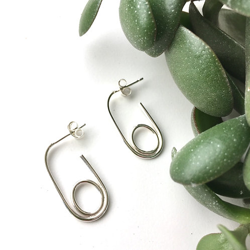 Double Oval Hoops