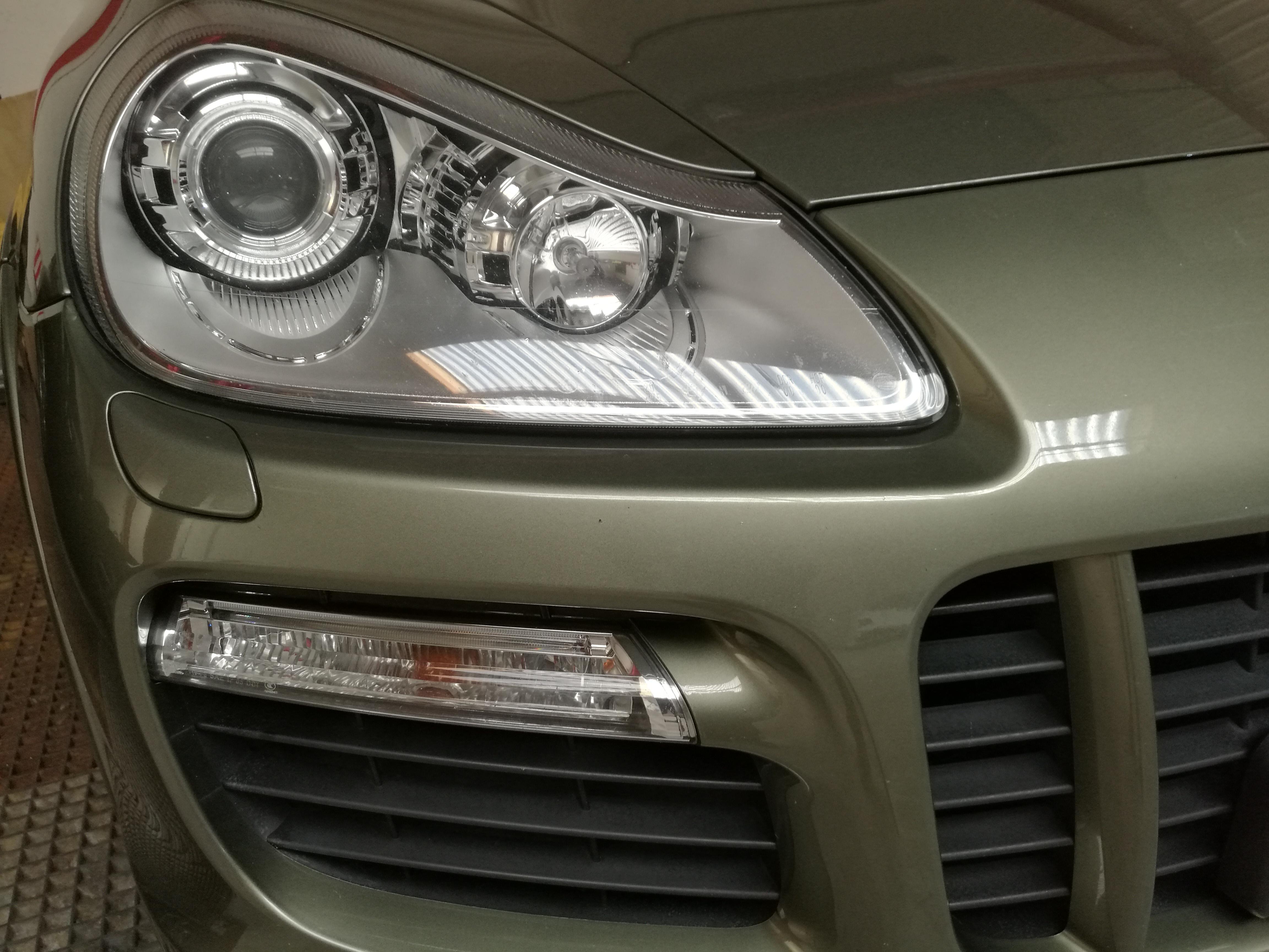 Detailer professionnel - Specialiste en rénovation et protection carrosserie voiture de sport - Pors