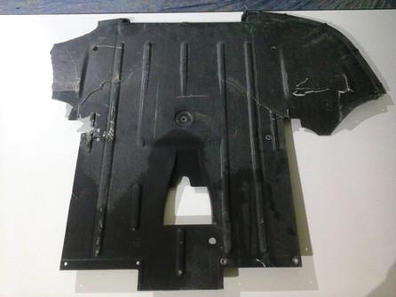 Réparation piece composite carbone supercar Lamborghini
