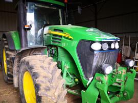 Réparation élément plastique capot carrosserie tracteur john deere
