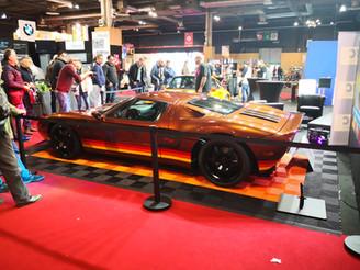 piece en carbone sur mesure voiture de sport supercar