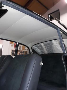 Fabrication toile de pavillon cuir - Restauration sellerie automobile Sarthe 72