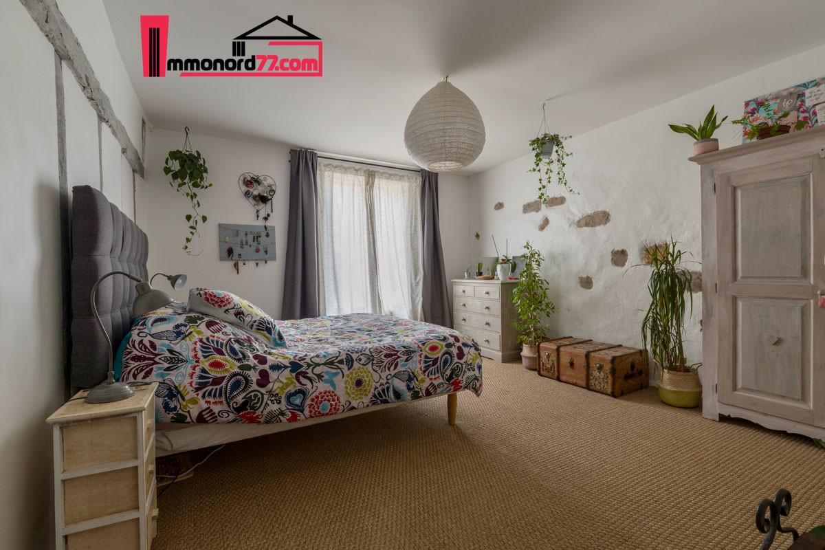 vente-maison-may-en-multien-chambre1-1-1
