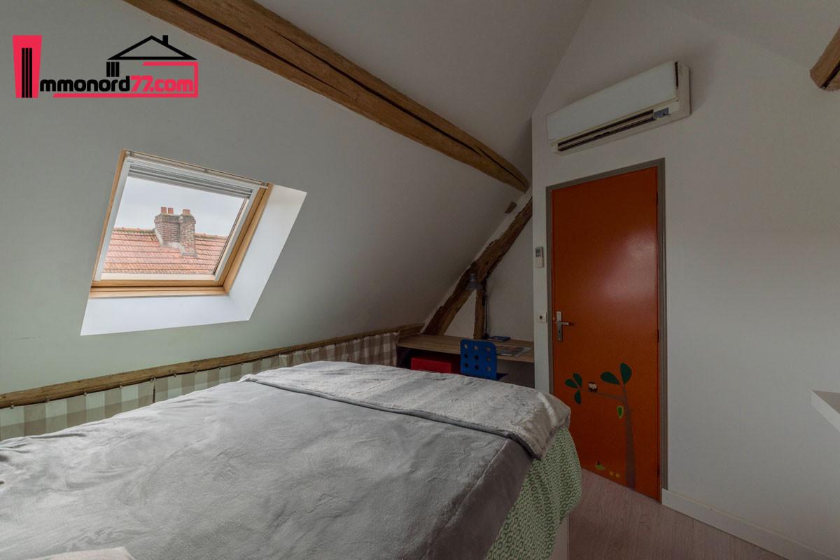 vente-maison-may-en-multien-chambre4-4