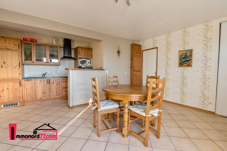 appartement-location-cuisy-sejour2