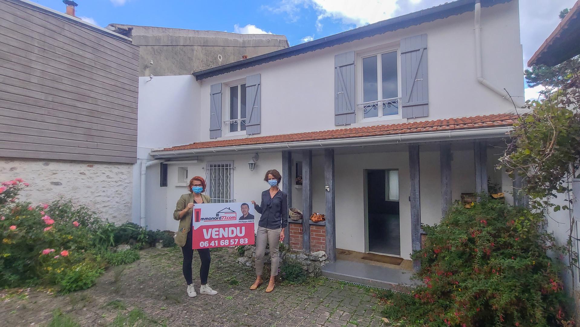 Maison-vendu-Vendeuse-Acheteuse-Messy.jp