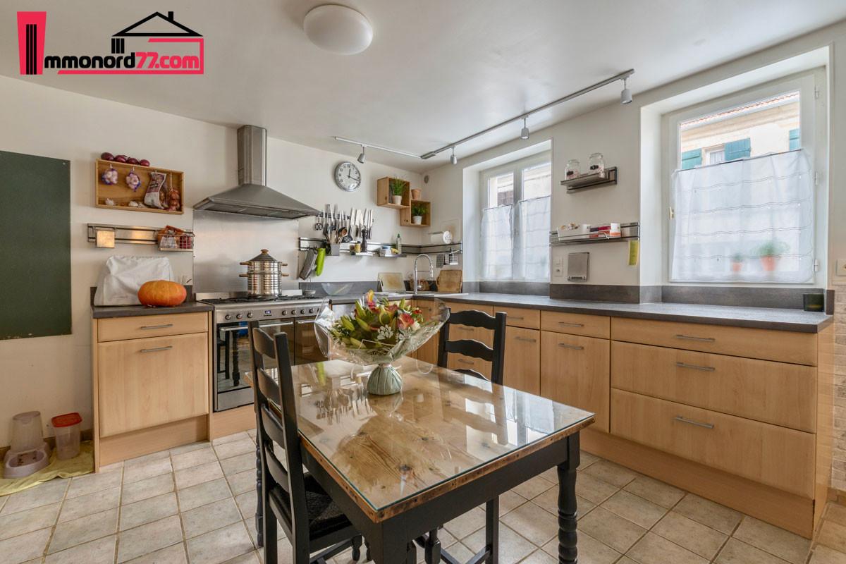 vente-maison-may-en-multien-cuisine2
