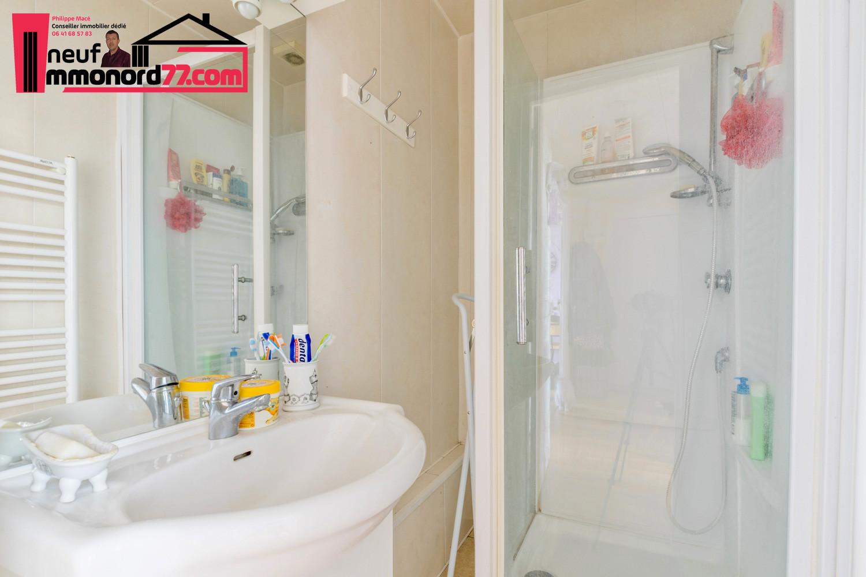 appartement-3pieces-chelles-salle-d-eau.