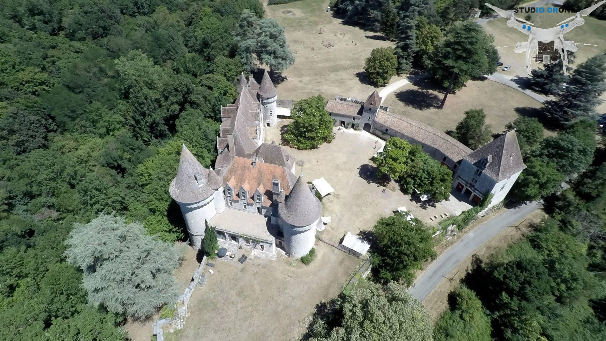 Château de Bridoire-Studio Drone