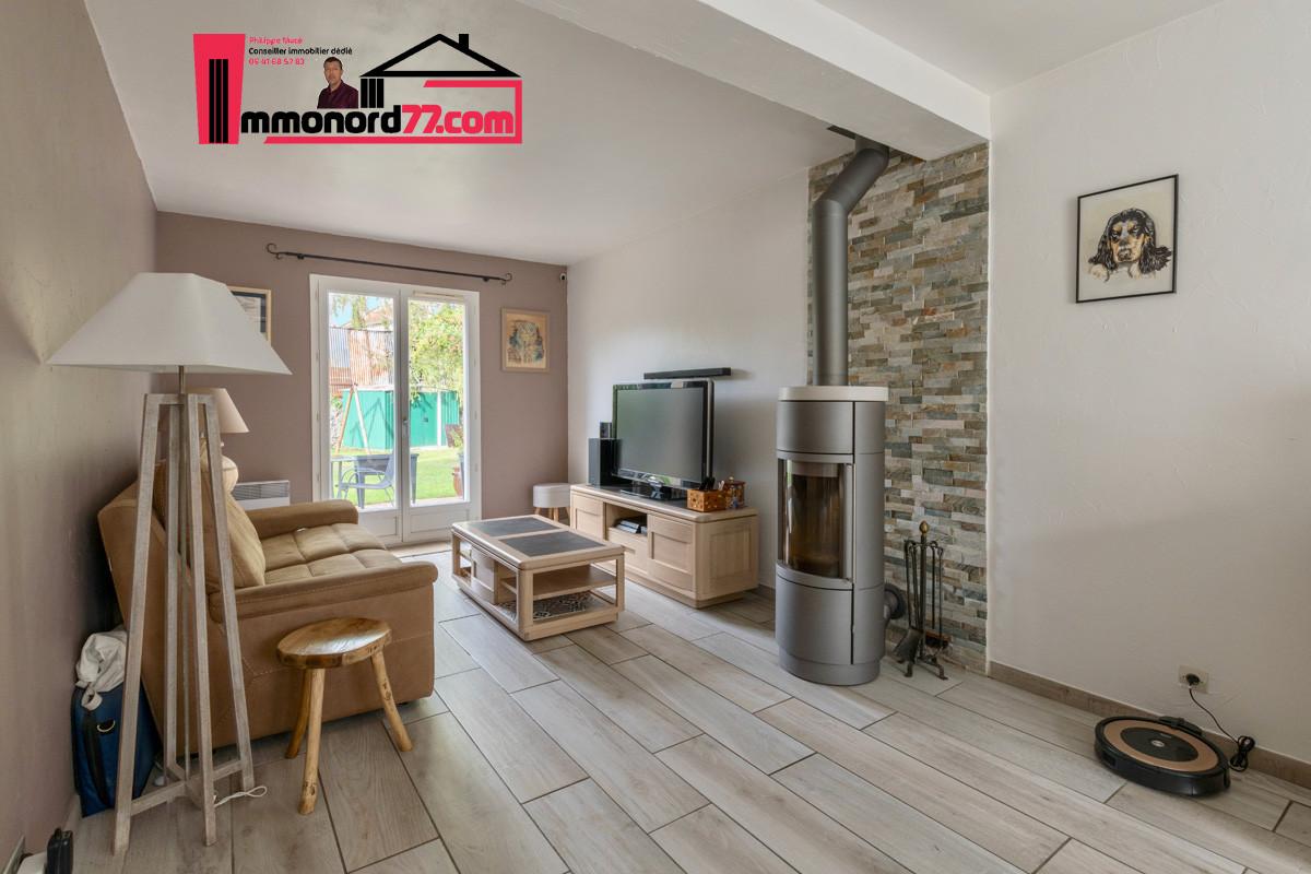 vente-maison-annet-sur-marne-salon3.jpg
