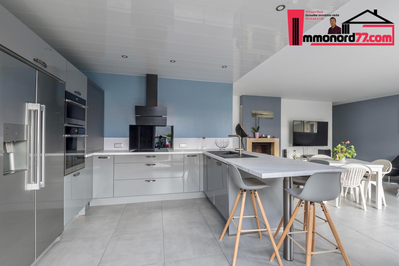 vente-maison-othis-cuisine8.jpg