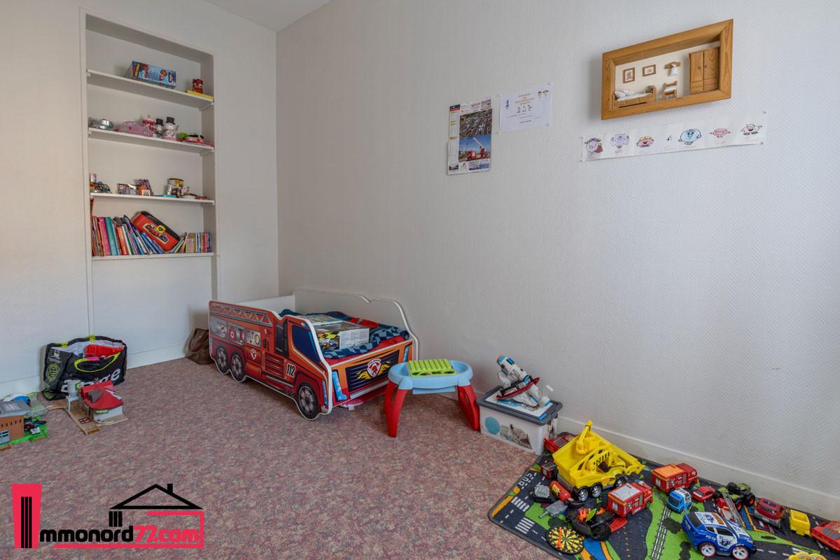 vente-appartement-1er-chambre3-letreport