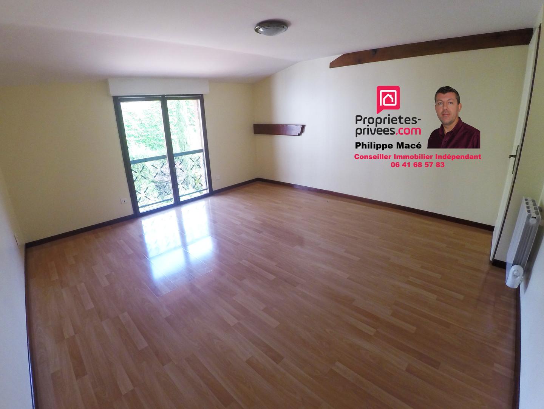 T3-duplex-chambre2-la-ferte-milon