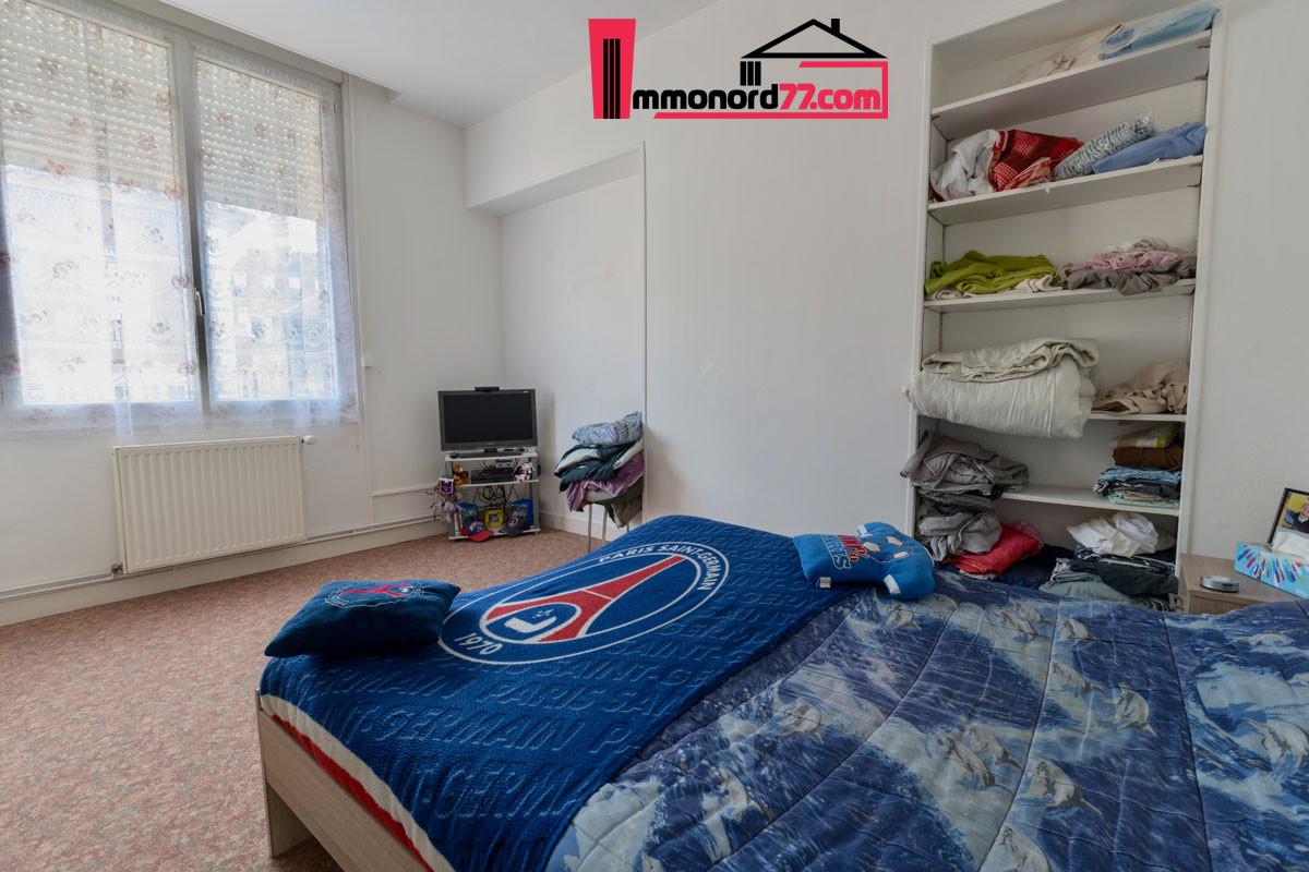 vente-appartement-1er-chambre001-letrepo