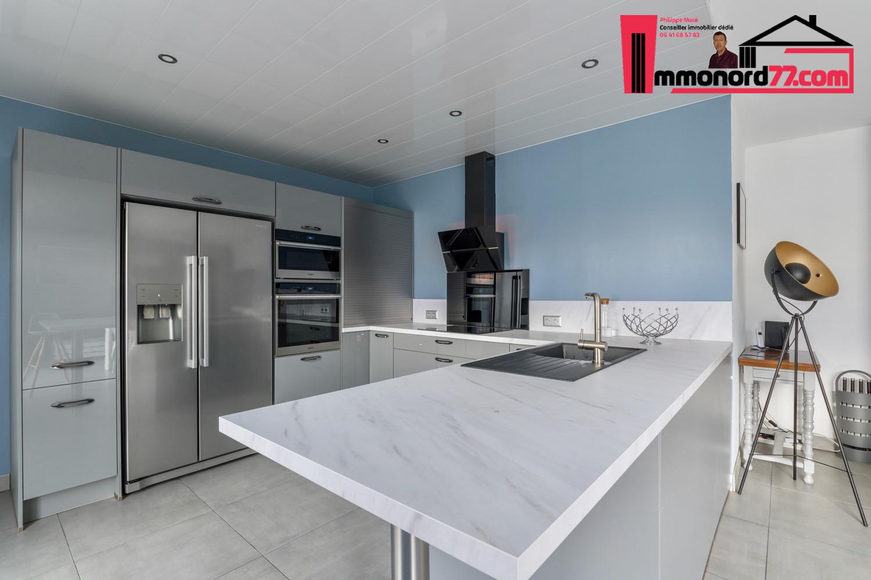 vente-maison-othis-cuisine7.jpg