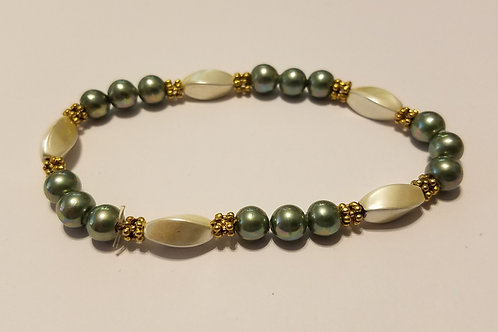 Light Green Rounds and White Twists