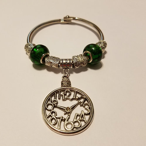 Clockface with Green Beads Scarf Ring