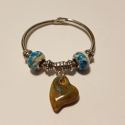 Ceramic Tan/Blue Heart Scarf Ring