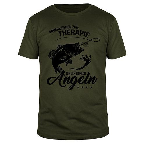 Andere gehen zur Therapie, ich gehe einfach angeln - Männer T-Shirt
