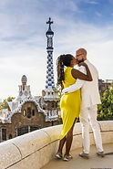 couple-in-barcelona-spain.jpg