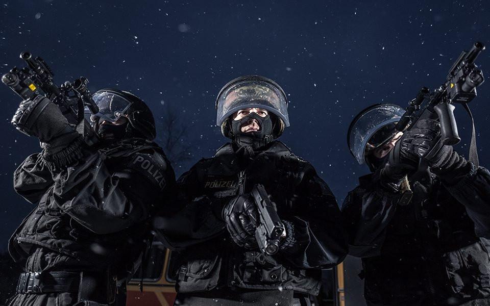 Cobra-Austrian Police Foto: AP