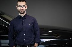 Hazaárulás, hogy Brüsszel kivégezné az európai autóipart – Várkonyi Gábor a Makronómnak
