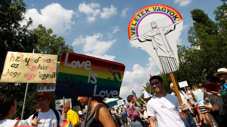 Pride-felvonulás 2016-ban Budapesten Fotó: MTI/Szigetváry Zsolt