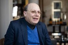 """Kenneth Abramowitz: """"A nyugat-európaiak fele Kelet-Európába fog menekülni"""""""