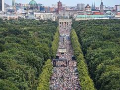 Az ellenállás földje, vagy csak egy másik legelő? A németországi helyzetről számol be helyi tudósító