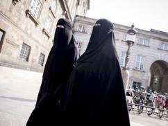 A muszlim többségű ország, mely fellázadt a burka ellen
