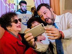 Felmentették Salvinit az NGO-k ügyében